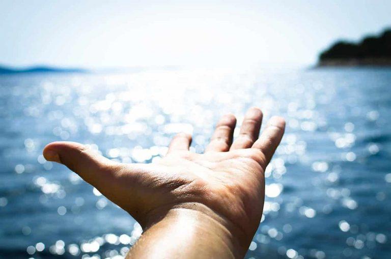 vandaag afkicken helpende hand